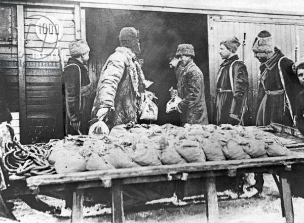 Transportation of money on sledges, 1924