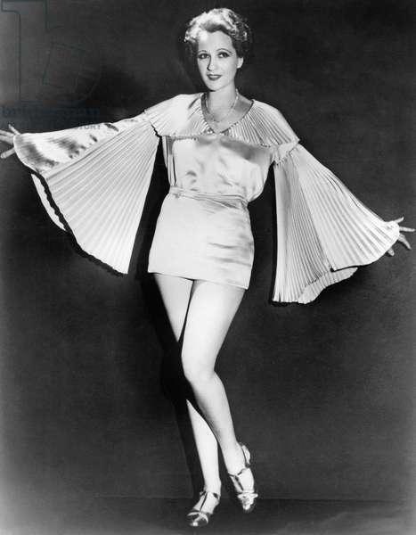 Ladies fashion, 1931 (b/w photo)