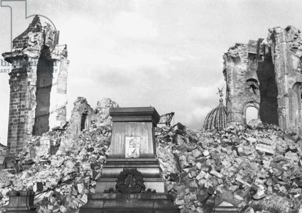 View of the Frauenkirche after air raids, Dresden, Germany, 1945 (b/w photo)