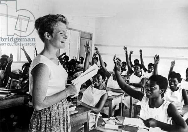 Elizabeth Frank (24) workers of American Peace Corps, one of the american teachers in Yaa Asantowa Girl School at Kusami, Ghana, march 1961