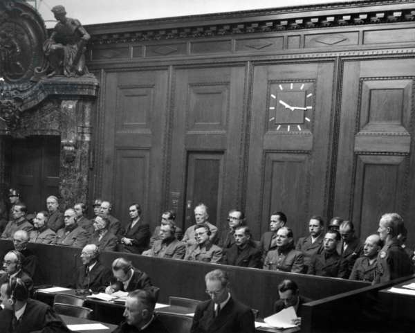 Doctors' Trial, Nuremberg, 1946 - 1947 : 23 nazi doctors, photo NARA