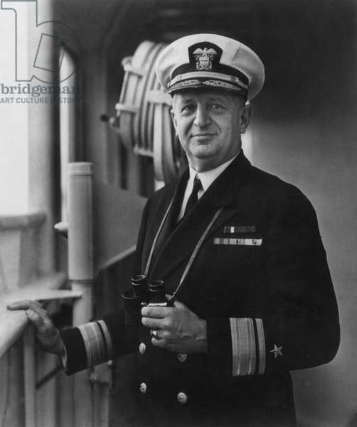 Admiral Henry Kent Hewitt, commander of Allied naval forces south of the French coast. He led the Allied forces during the debarkage of Salerno and then that of Provence.