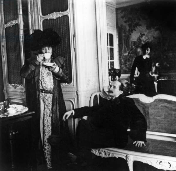 Comedian Sarah Bernhardt and writer Edmond Rostand at home in 1900