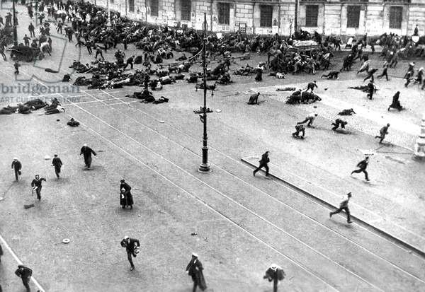 Riots in Petrograd on july 3 - 4 1917 between the army and the people