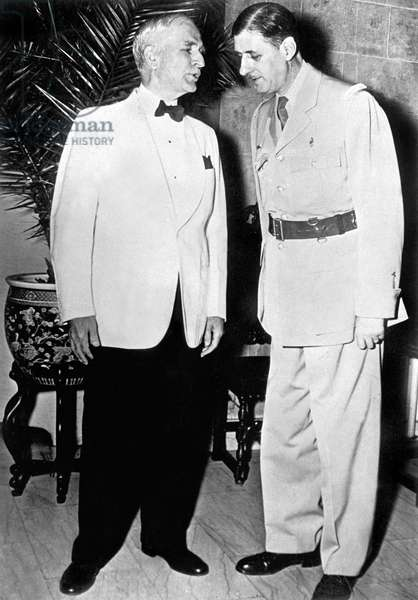 American secretary of State Cordell Hull with general De Gaulle president of French Committee of National Liberation during diner in Washington july 1, 1944