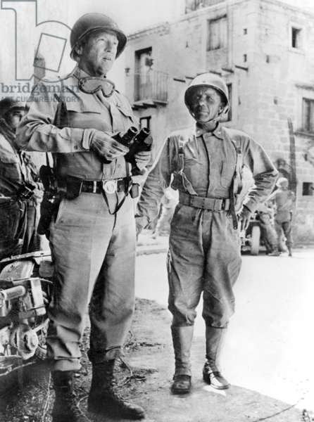 Lieutenant General George Patton et le Brigadier General Theodore Roosevelt Jr near Cerami after the Allied Landings in Sicily (operation Husky) in july 1943