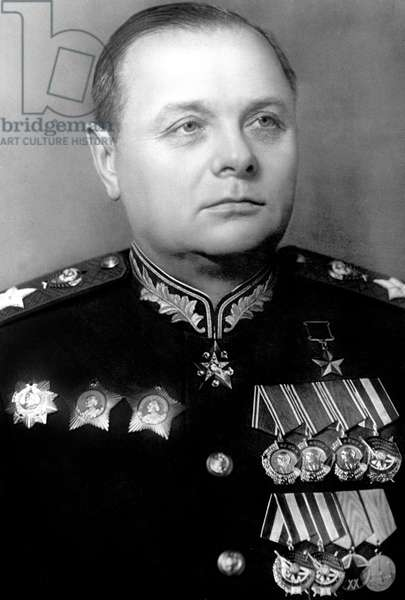 rusian marshal Meretzkov who led soviet troops during war against Japan in 1945