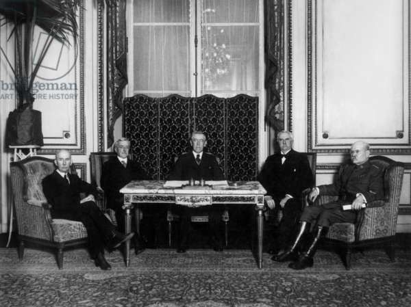 Peace conference january 1919 : colonel Edward M. House, Robert Lansing, Thomas Woodrow Wilson (american president), Henry White and General Tasker H. Bliss