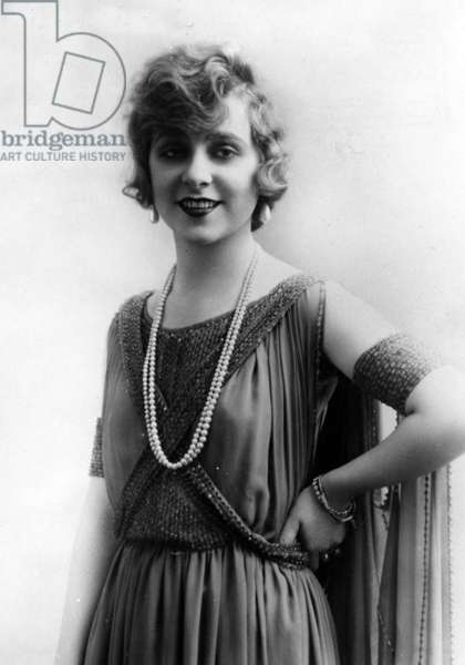 Yvonne Printemps (1895-1977) French actress in 1923.