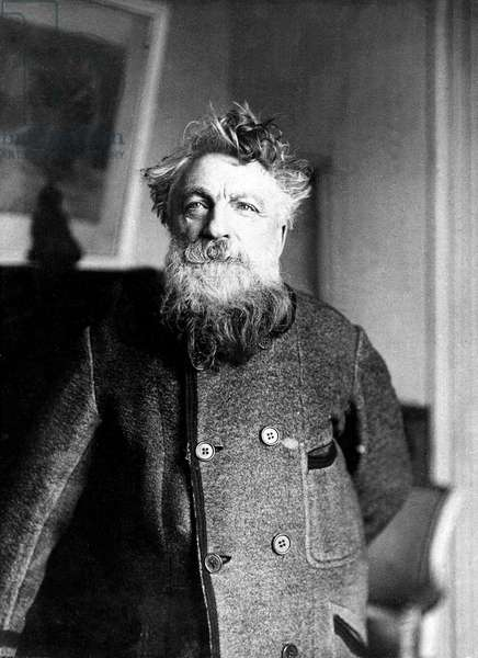 French sculptor Auguste Rodin (1840-1917) c. 1905