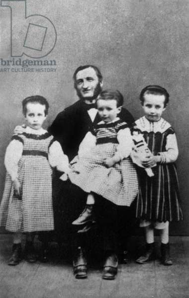Camille Claudel (r, 1864-1943) as a child in family with her father Louis Prosper , her sister Louise (l) and her brother Paul 1869