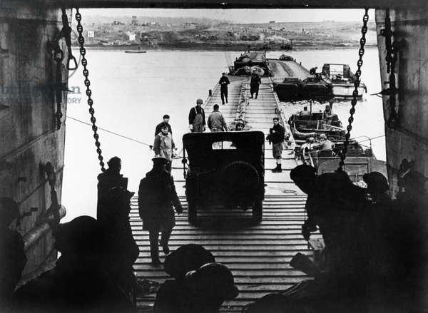 Disembarkation of American Troops and Equipment, Porto d'Anzio, Sicily, March 1944 (b/w photo)