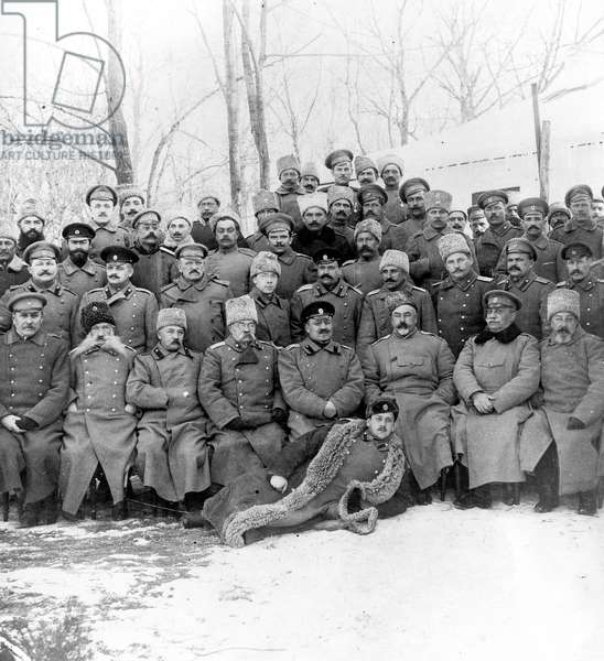 troops of russian general Denikine in Russia in 1916, nicknamed the White Army
