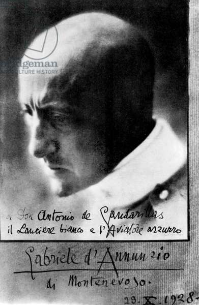 italian writer and nationalist Gabriele d'Annunzio (1863-1938), signed photo (october 29, 1928)