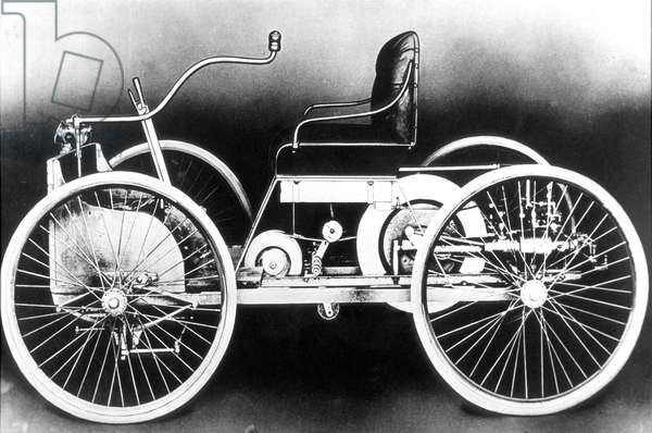 the first Ford car : the Quadricycle built by Henry Ford in 1896 during his leisure time : two-cylinder engine, 16 km/h gear