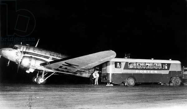 Postal service by Air France with a plane Douglas DC-3 c. 1950