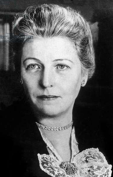 Pearl Buck (1892-1973) american novelist in 1947