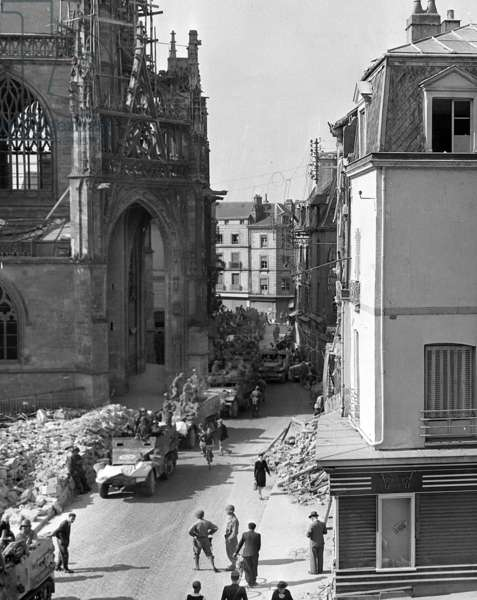 american troops in the streets of Alencon august 21, 1944 one week after the Liberation of the city , after the Allied Normandy Landings (known as Operation Overlord)