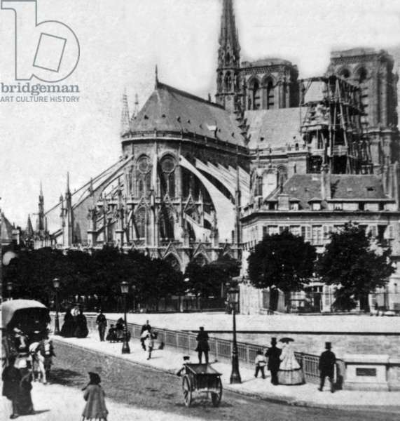 View of the chevet of Notre Dame in Paris c. 1870
