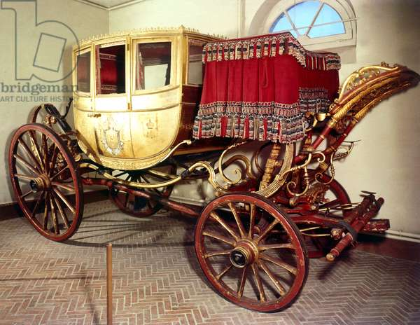 Opale : Napoleon 1st 's carriage at Malmaison castle (Josephine took it after their divorce)