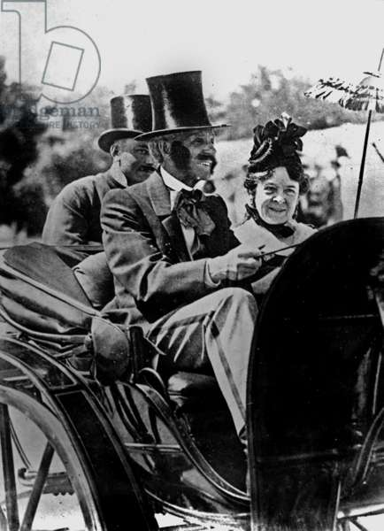 Henry Ford and his wife Clara Bryant in 1924 in a 1860 carriage