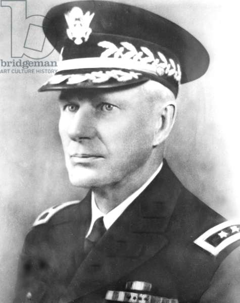 Walter Campbell Short, american officer who was in charge of american Army defenses in Hawaii when the Japanese attacked Pearl Harbor on December 7, 1941