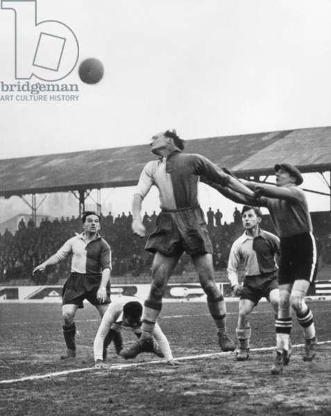 Phoney war, 1939 : football match