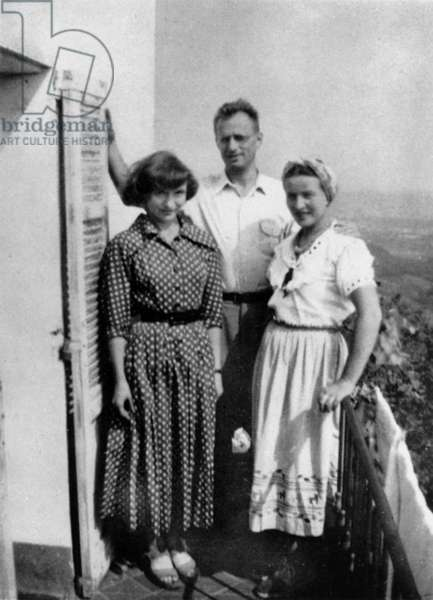 French writer Simone de Beauvoir with Nelson Algren in Cabres in 1949