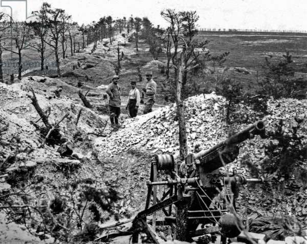 French soldiers in the trench on the front in Champagne area in 1916 France