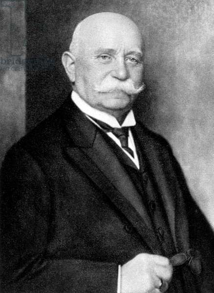 Count Ferdinand de Zeppelin (1838-1917) german officer and later industrialist who built dirigibles airships here in 1916