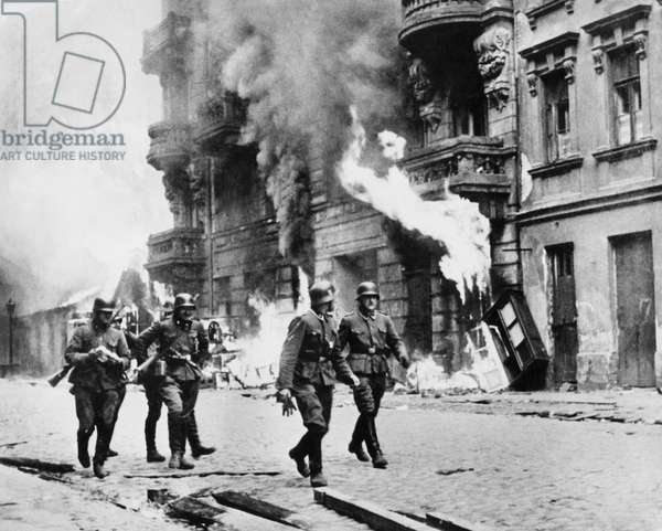 Uprising of Warsaw ghetto, april july 1943 : SS soldiers