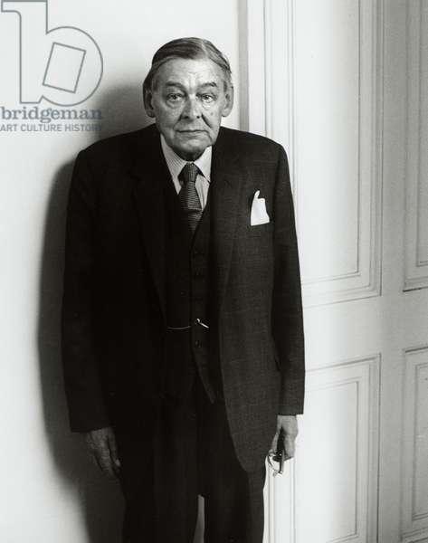 TS Eliot - portrait, 1964