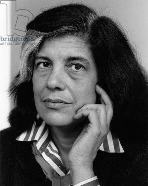 Susan Sontag portrait 1987