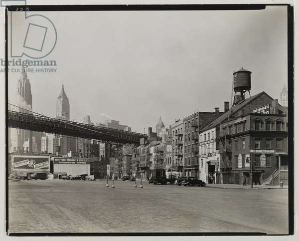 South Street and James Slip, Manhattan, 1937 (gelatin silver print)