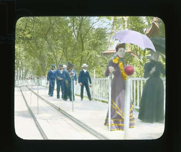 Paris Exposition: Moving sidewalk, Paris, France, 1900 (lantern slide)
