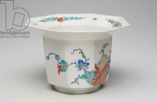 Cup, late 17th-early 18th century (Kakiemon, porcelain with overglaze enamel)