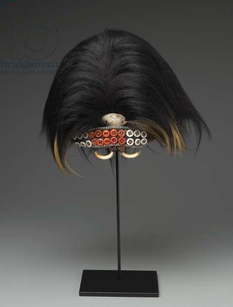 Bwami Hat for Lutumbo lwa Yananio Level, early 20th century (animal hide, animal hair, woven fiber, zipper, buttons, shell, hyrax teeth)