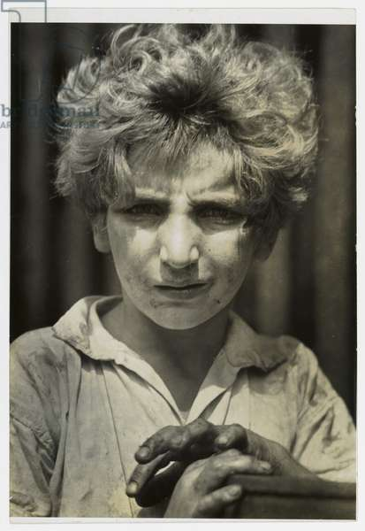 Poor Boy, New York, 1928 (gelatin silver print)