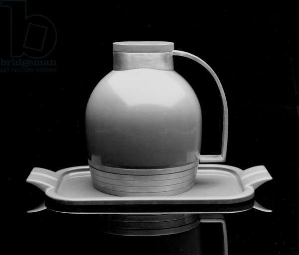 Thermos Pitcher with Base, Lid and Tray, 1935 (aluminium, steel, glass & rubber)