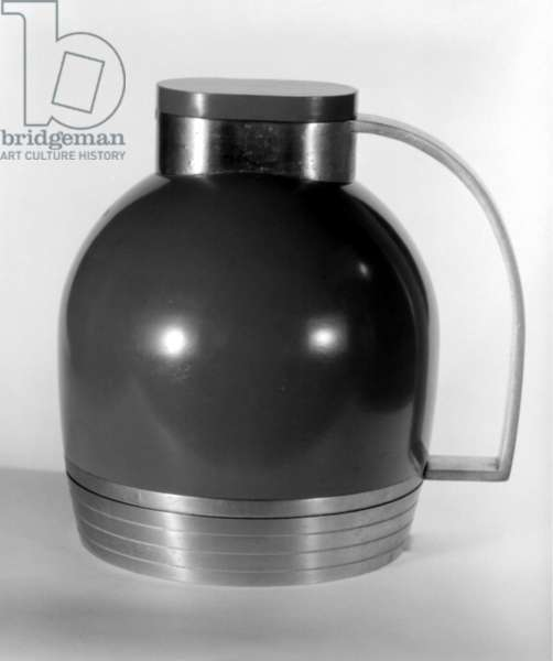 Thermos Pitcher with Base and Lid, 1935 (aluminium, steel, glass & rubber)
