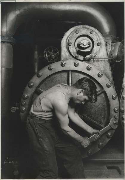 Power House Mechanic, 1925 (gelatin silver print on white wove)