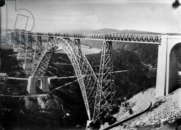 The Viaduct of Garabit (Rail Bridge) in the Cantal (Auvergne) 1884 (b/w photo)