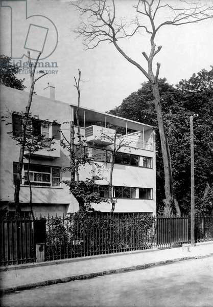 Villa Cook in Boulogne Billancourt (Hauts de Seine). Architect Le Corbusier (1887-1965), 1926.