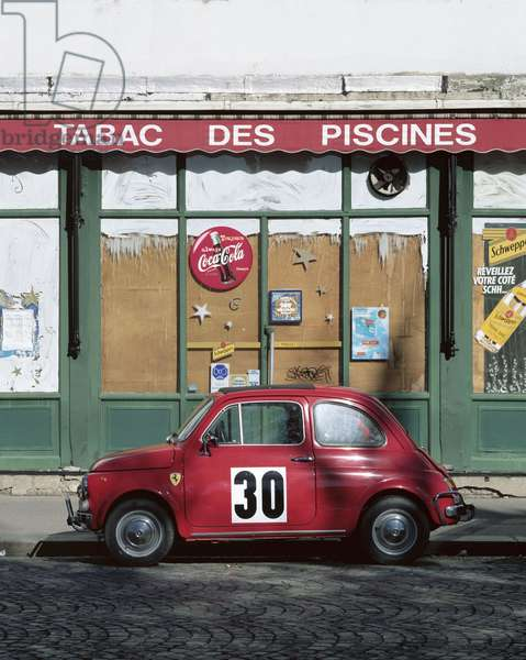 """Paris 16th arrondissement. Published in """""""" Petites agonies urbaines"""""""" published in 2006 by the editions Le bec en l'air."""