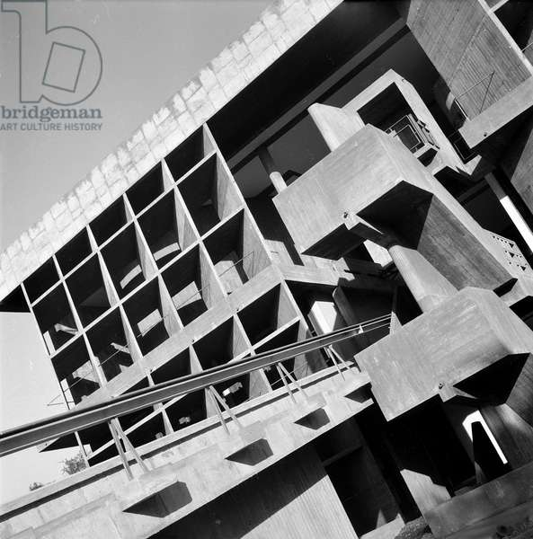 House of the Milowner building in Ahmedabad, India. Architect Le Corbusier (1887-1965), 1956. Photography 20/10/55.