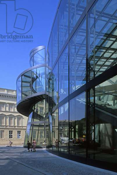 Extension of the Historical Museum of the City of Berlin (Germany); Architect Ieoh Ming Pei, 2003. Photography 15/08/03.
