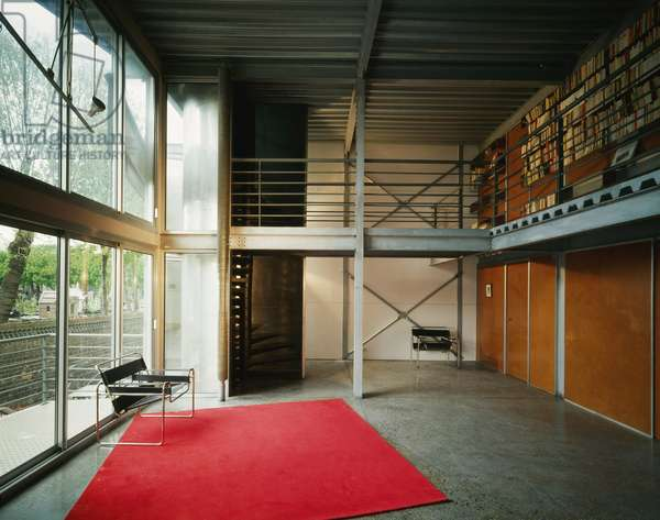 Parisian house, rue des Rondeaux, Paris 75020. Architecture by Christophe Lab, 1991. Photography 1991