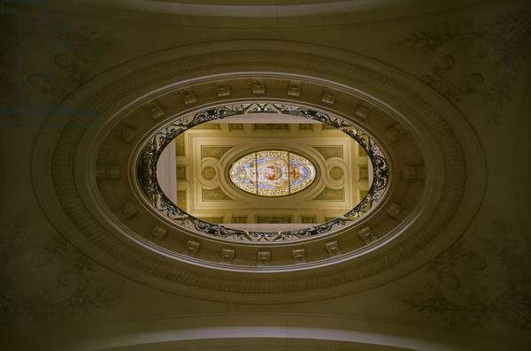 Graphic effect in the chapel of the Sorbonne in Paris. Architect Jacques Lemercier (1585-1654).