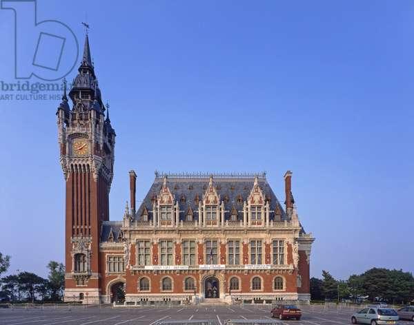 The Town Hall of Calais (Pas de Calais). Architect Louis Debrouwer, 1925.. Photography 10/07/04.