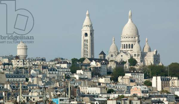 View of the Sacre Coeur from a roof of the Rue de Rome Paris 75018 (photo)